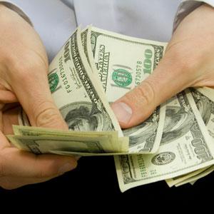 Money-in-hand-