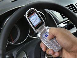 Texting_N_Driving_(544x408)