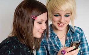 Teens texting 361