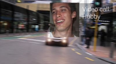 Google-glass-videocall while driving