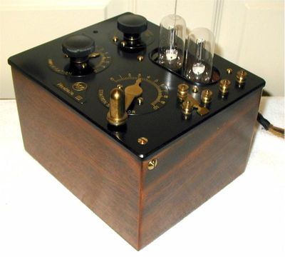 RCA Radiola_III_R1_AR-805_(1924)